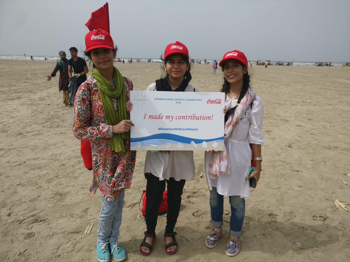 Coke coastal clean up beaches without waste 22